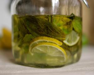 Rhum Citrons verts & Basilic - Recette, préparation et ...